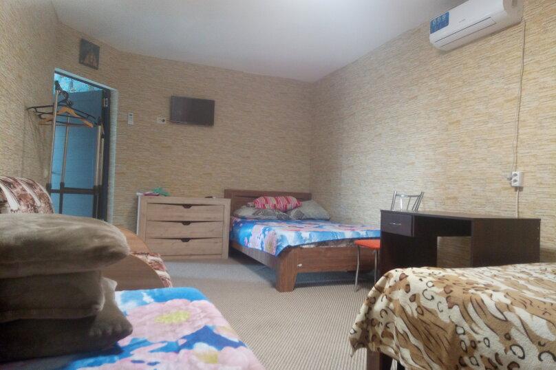"""Гостевой дом """"На Савченкова 12"""", улица Савченкова, 12 на 2 комнаты - Фотография 8"""
