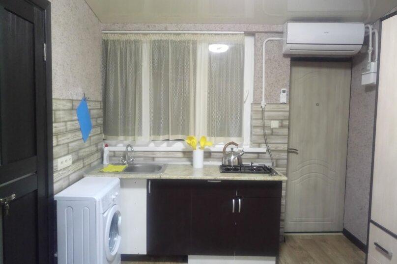2-комн. квартира, 30 кв.м. на 5 человек, ул. Урицкого, 4, Алушта - Фотография 8
