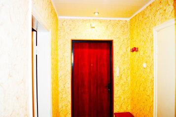 1-комн. квартира, 35 кв.м. на 4 человека, улица Бойцов 9-й Дивизии, 181А, Курск - Фотография 4