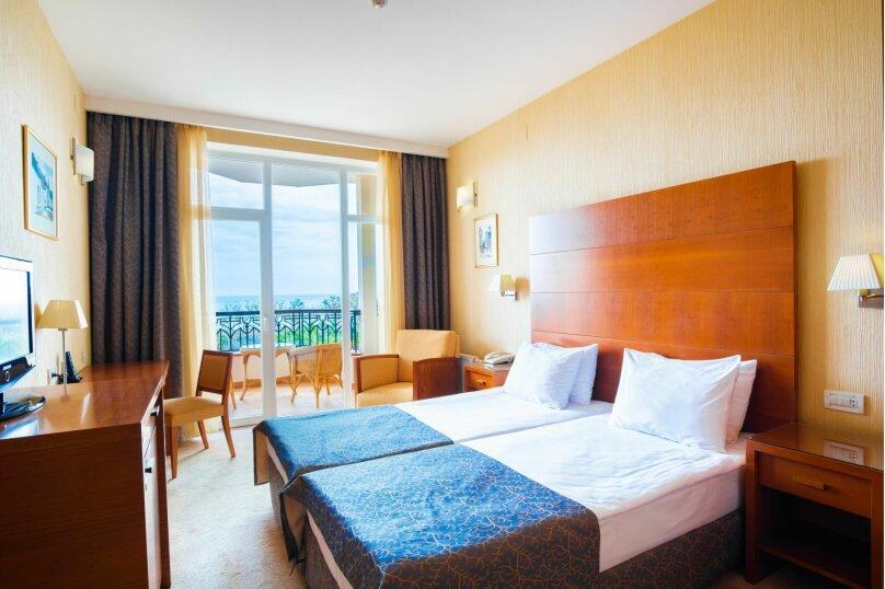 Стандарт двухместный с раздельными кроватями, проспект Айвазовского, 47Б, Феодосия - Фотография 1