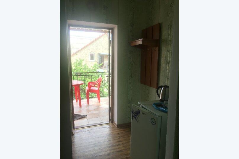 """Гостевой дом """"Розовый"""", улица морская, 4 на 18 комнат - Фотография 8"""