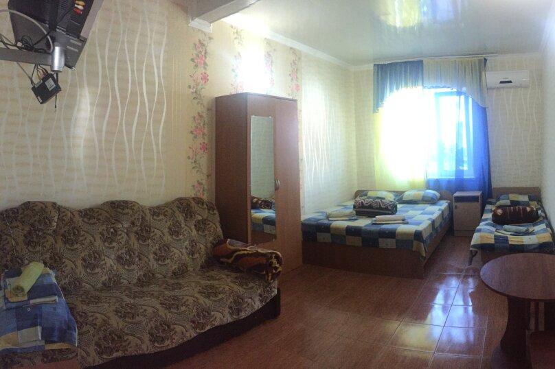 """Гостевой дом """"Розовый"""", улица морская, 4 на 18 комнат - Фотография 9"""