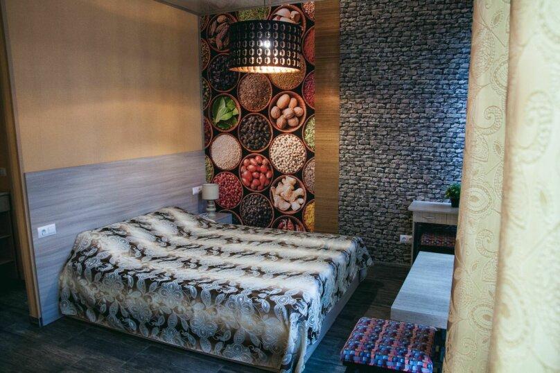 № 1, 2. Улучшенный двухместный номер с дополнительным спальным местом, Кооперативный переулок, 5, Керчь - Фотография 1