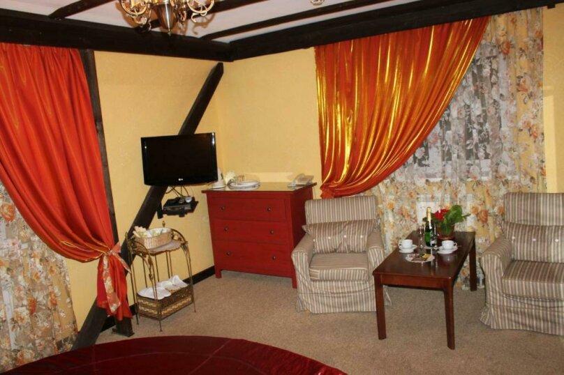 """Дизайн-Отель """"Шампань"""", Заводская улица, 18 на 20 номеров - Фотография 156"""