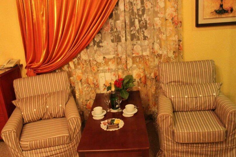 """Дизайн-Отель """"Шампань"""", Заводская улица, 18 на 20 номеров - Фотография 158"""