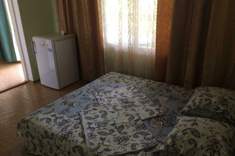 """Гостевой дом """"Диана"""", Гемиджилер, 15 на 4 комнаты - Фотография 10"""
