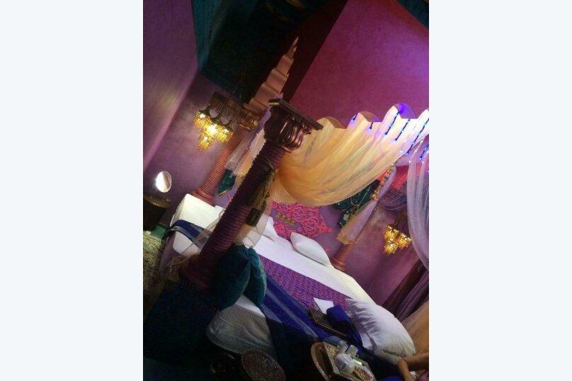 """Номер-студио Делюкс с кроватью размера """"king-size"""", Заводская улица, 18, Ставрополь - Фотография 1"""