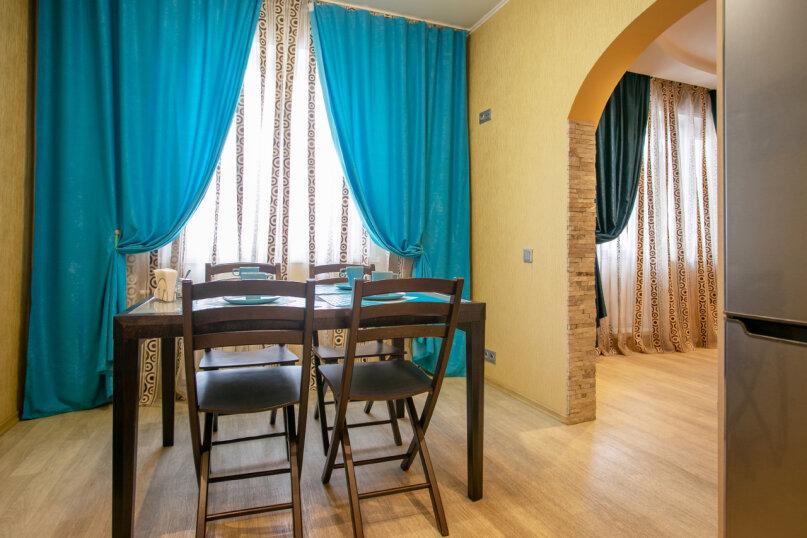 3-комн. квартира, 86 кв.м. на 6 человек, улица Молокова, 66, Красноярск - Фотография 9