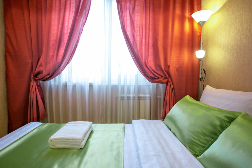 3-комн. квартира, 86 кв.м. на 6 человек, улица Молокова, 66, Красноярск - Фотография 14