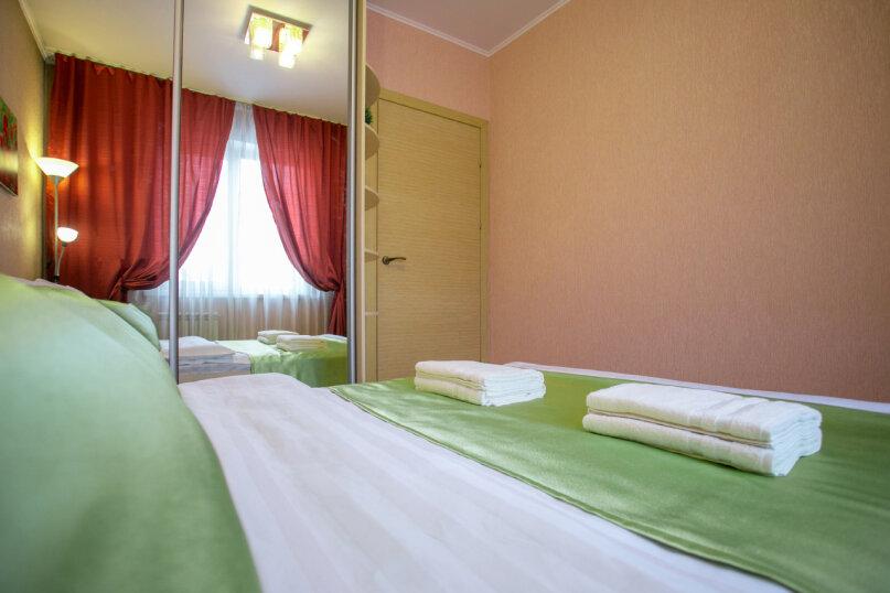 3-комн. квартира, 86 кв.м. на 6 человек, улица Молокова, 66, Красноярск - Фотография 17