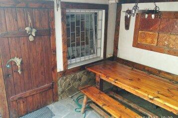 Дом на 8 человек, 3 спальни, Санаторская, 25, Евпатория - Фотография 1