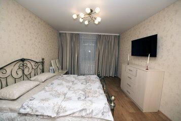 2-комн. квартира, 63 кв.м. на 6 человек, Первомайская улица, 31А, Вологда - Фотография 1