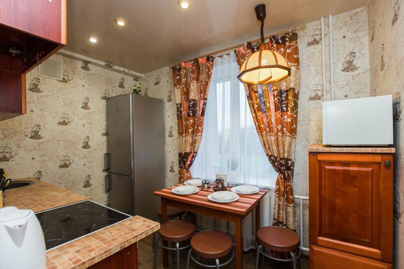 2-комн. квартира, 44 кв.м. на 4 человека, проспект Ленина, 40, Сургут - Фотография 16
