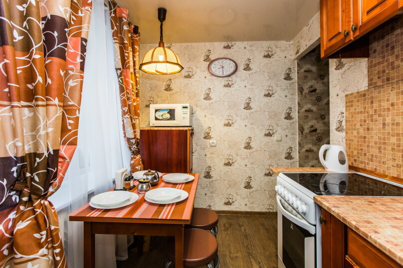 2-комн. квартира, 44 кв.м. на 4 человека, проспект Ленина, 40, Сургут - Фотография 22