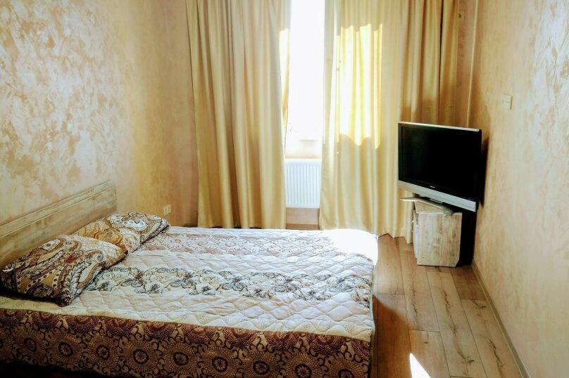 1-комн. квартира, 37 кв.м. на 2 человека, улица Трубаченко, 14Б, Симферополь - Фотография 1