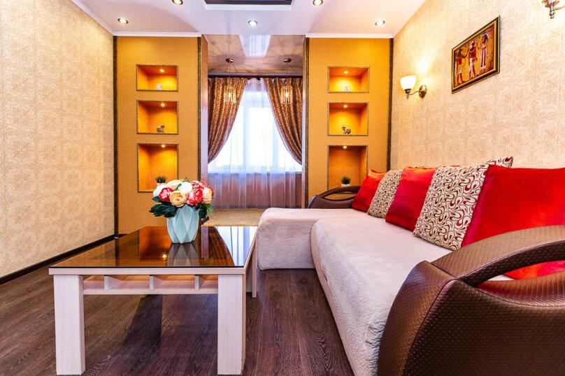 2-комн. квартира, 68 кв.м. на 4 человека, улица Игоря Киртбая, 21, Сургут - Фотография 3