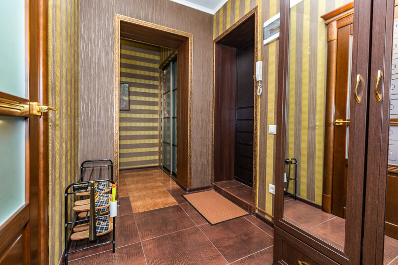 2-комн. квартира, 68 кв.м. на 4 человека, улица Игоря Киртбая, 21, Сургут - Фотография 16