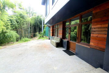 Бамбуковая роща - гостевой дом в центре Мацесты, улица Чекменёва, 11 на 2 номера - Фотография 2