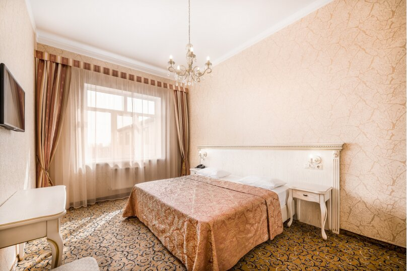 Стандарт двухместный, улица Гоголя, 65, Краснодар - Фотография 1