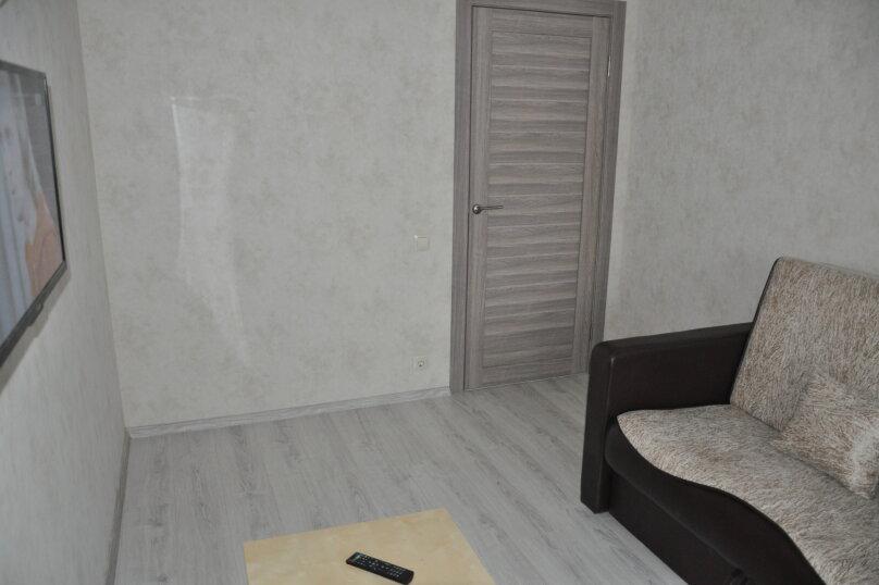 2-комн. квартира, 45 кв.м. на 5 человек, улица Карла Либкнехта, 16, Екатеринбург - Фотография 2