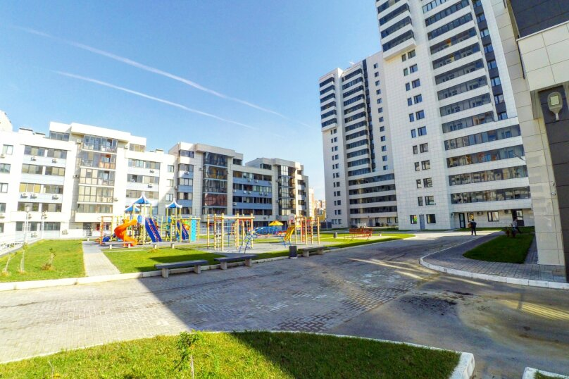 2-комн. квартира, 60 кв.м. на 8 человек, улица Сибгата Хакима, 7, Казань - Фотография 2