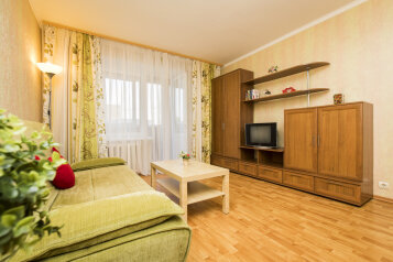 1-комн. квартира, 44 кв.м. на 4 человека, улица Родионова, 189/24, Нижний Новгород - Фотография 1