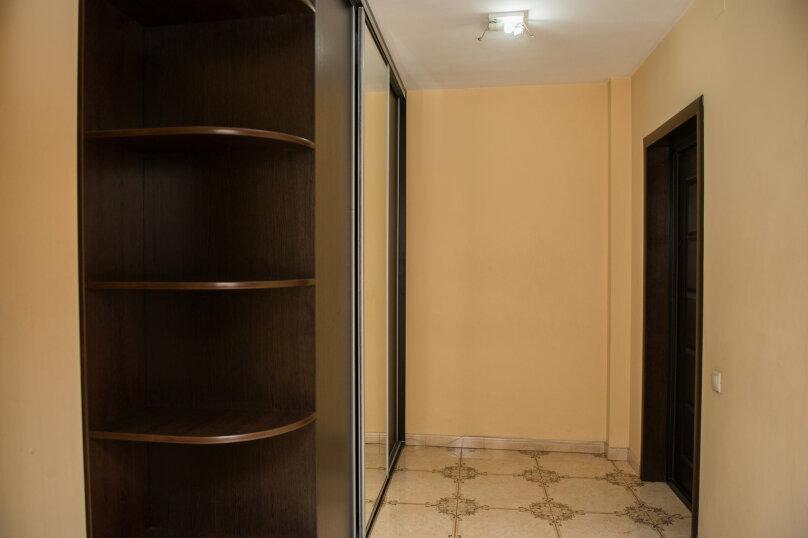 1-комн. квартира, 65 кв.м. на 4 человека, улица Дзержинского, 20, Иркутск - Фотография 17