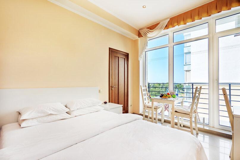 Апартаменты с видом на море и парк 2, улица Адмирала Фадеева, 48, Севастополь - Фотография 1