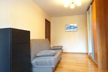 3-комн. квартира, 55 кв.м. на 4 человека, улица Баженова, 12, Тула - Фотография 2