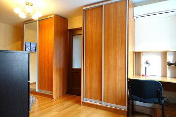3-комн. квартира, 55 кв.м. на 4 человека, улица Баженова, 12, Тула - Фотография 3