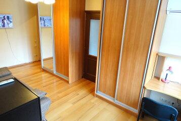3-комн. квартира, 55 кв.м. на 4 человека, улица Баженова, 12, Тула - Фотография 4