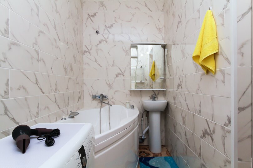 1-комн. квартира, 38 кв.м. на 4 человека, улица Гоголя, 26, Новосибирск - Фотография 8