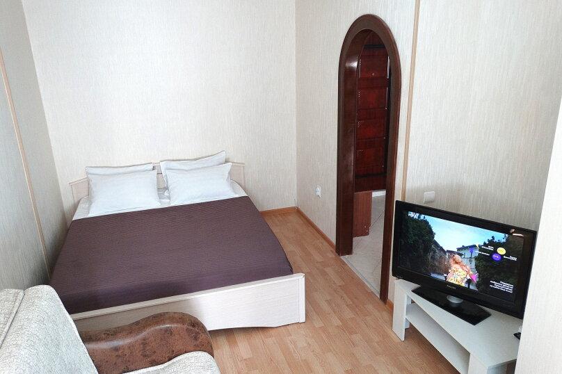 1-комн. квартира, 40 кв.м. на 2 человека, проспект Ленина, 157, Тула - Фотография 1
