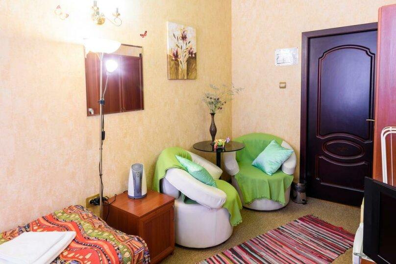 Двухместный номер с 1 кроватью или 2 отдельными кроватями и общей ванной комнатой , улица Некрасова, 8, Санкт-Петербург - Фотография 4