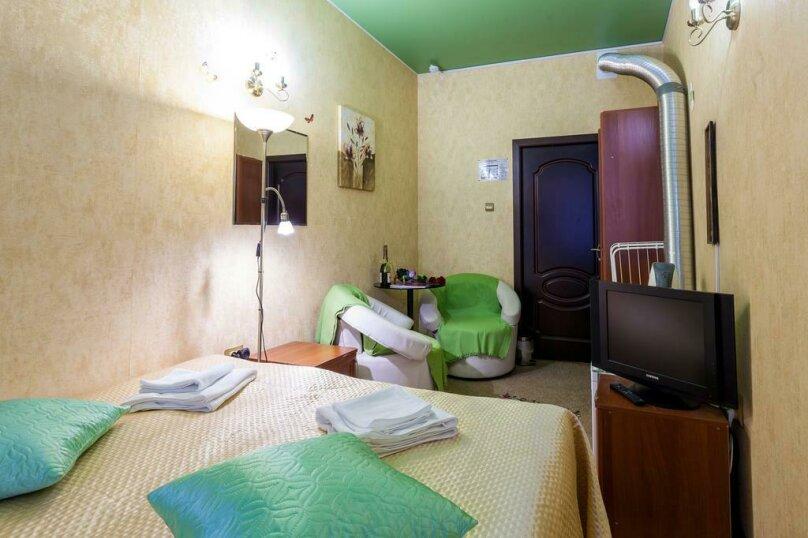 Двухместный номер с 1 кроватью или 2 отдельными кроватями и общей ванной комнатой , улица Некрасова, 8, Санкт-Петербург - Фотография 7