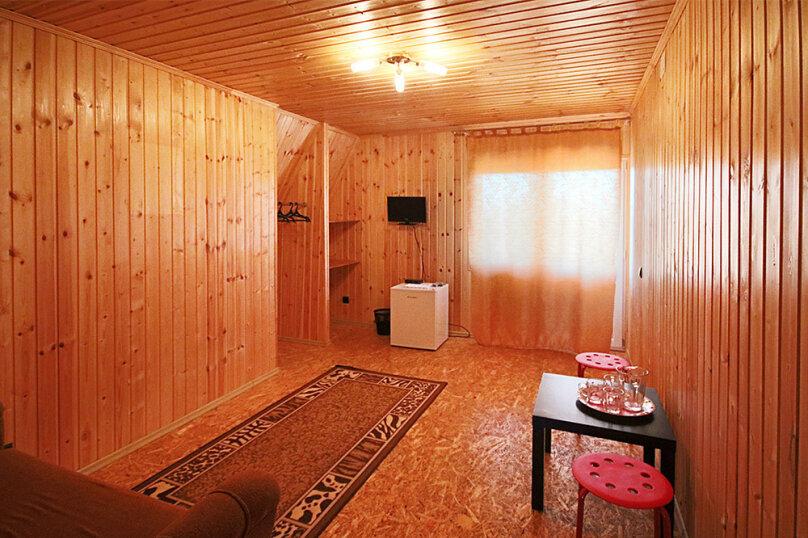Гостевой дом «Огни столицы», Кубанская, 25 на 12 комнат - Фотография 10