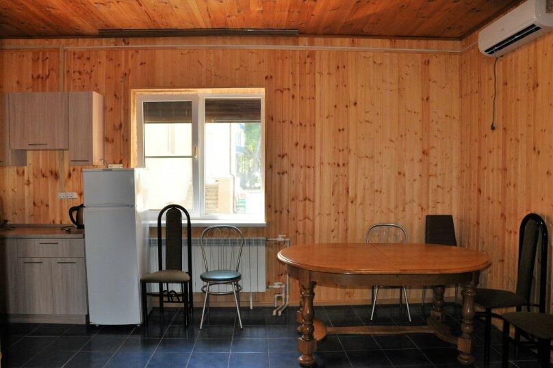 Дом, 100 кв.м. на 10 человек, 2 спальни, улица Кирова, 2, Анапа - Фотография 12