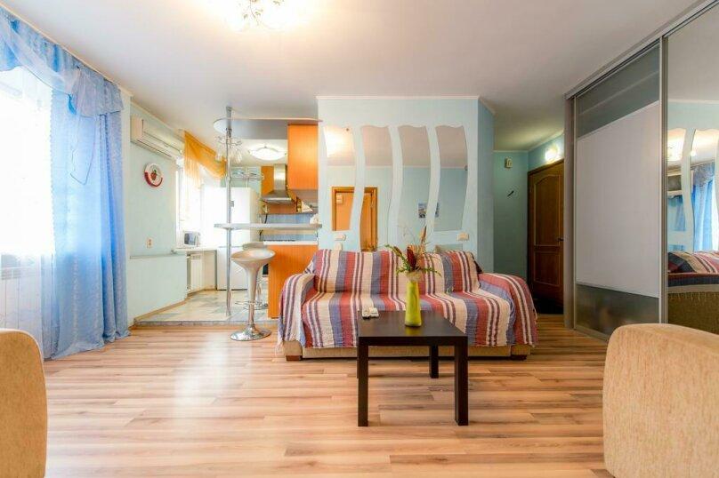 2-комн. квартира, 54 кв.м. на 4 человека, улица Энгельса, 69, Челябинск - Фотография 2