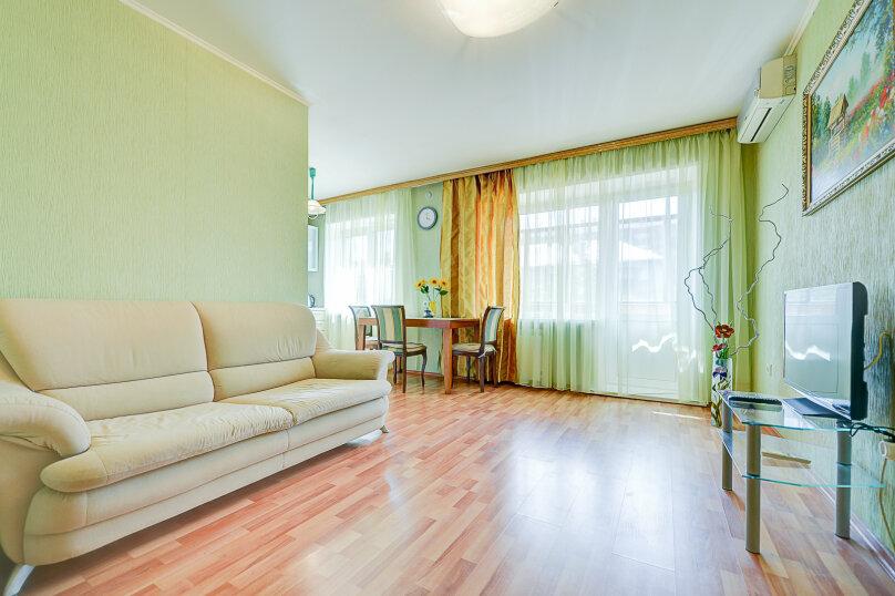 2-комн. квартира, 54 кв.м. на 4 человека, улица Энгельса, 69, Челябинск - Фотография 5
