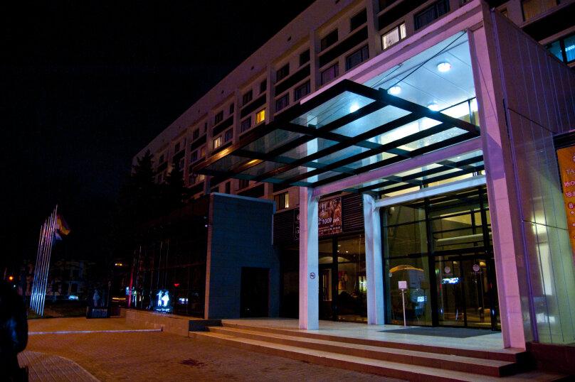 """Конгресс-отель """"Таганрог"""", улица Дзержинского, 161 на 206 номеров - Фотография 1"""