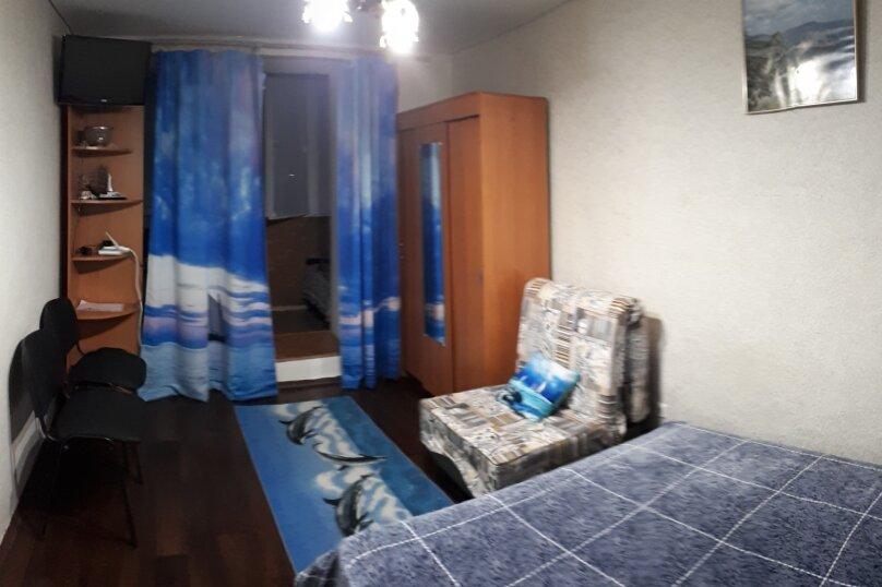 2-комн. квартира, 40 кв.м. на 5 человек, Восточное шоссе, 3Б, Судак - Фотография 1