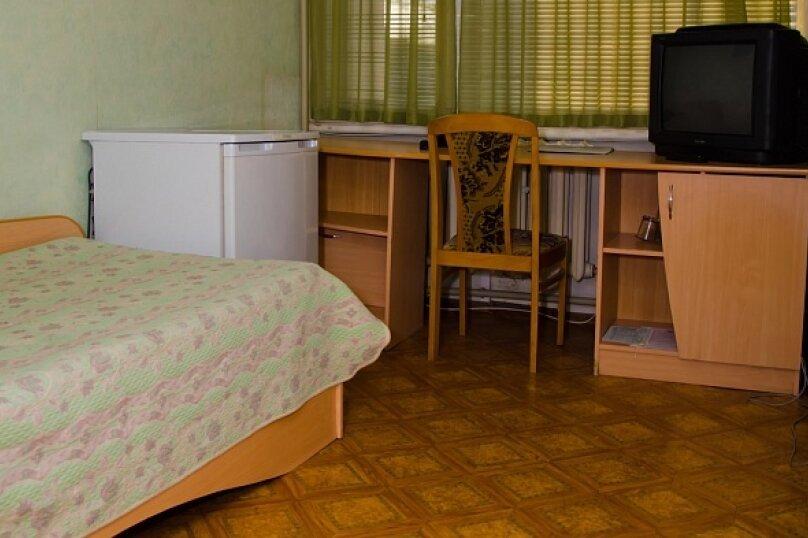 Комфорт сингл, улица Дзержинского, 161, Таганрог - Фотография 1