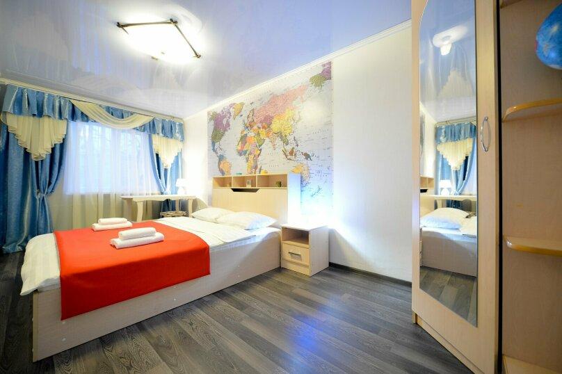2-комн. квартира, 60 кв.м. на 5 человек, улица Сони Кривой, 61, Челябинск - Фотография 2