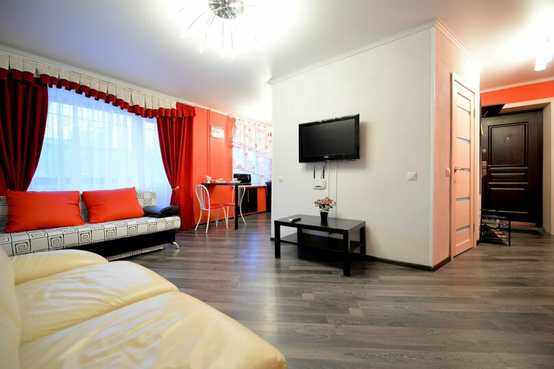 2-комн. квартира, 60 кв.м. на 5 человек, улица Сони Кривой, 61, Челябинск - Фотография 7