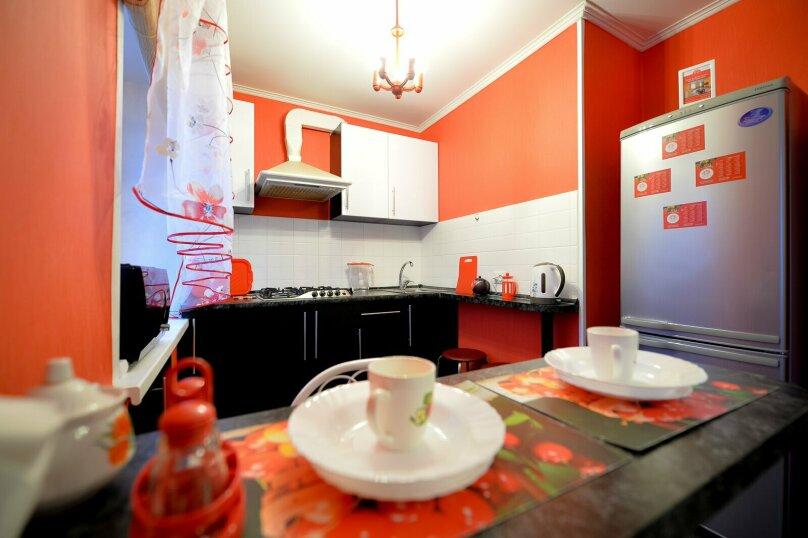 2-комн. квартира, 60 кв.м. на 5 человек, улица Сони Кривой, 61, Челябинск - Фотография 11