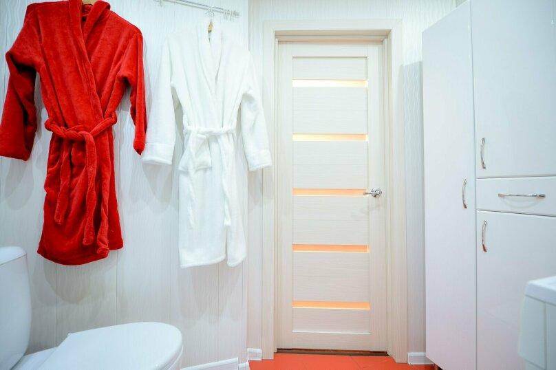 2-комн. квартира, 60 кв.м. на 5 человек, улица Сони Кривой, 61, Челябинск - Фотография 14