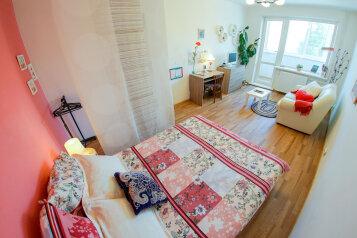 1-комн. квартира, 36 кв.м. на 3 человека, улица Анциферова, 8, Йошкар-Ола - Фотография 1