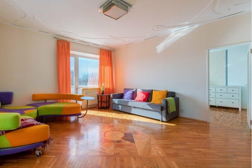 Отдельная комната, Троицкая площадь Петроградской стороны, 1, Санкт-Петербург - Фотография 1