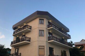 """Отель """"VILLA"""", Портовая улица, 13 на 20 номеров - Фотография 1"""