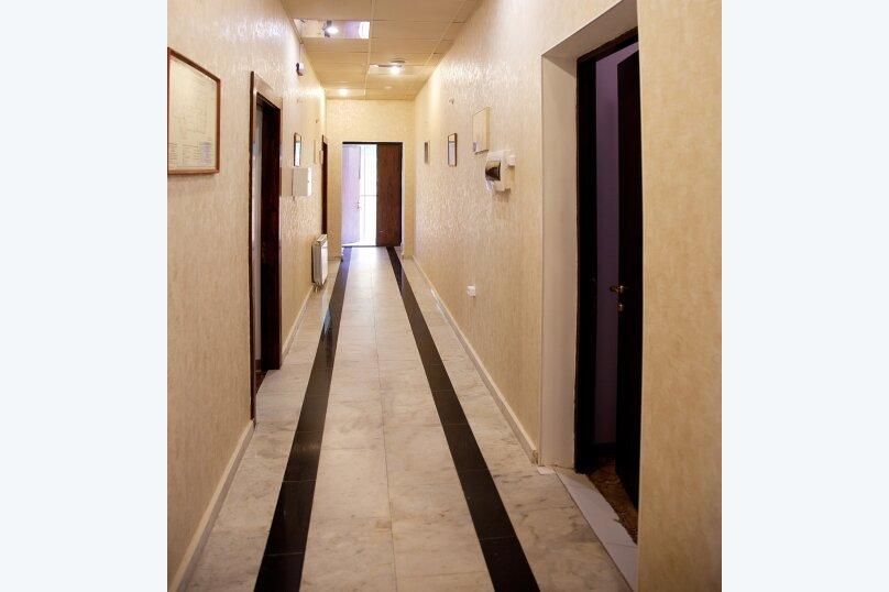 Отель «Утомленные Солнцем», улица Мичурина, 5 на 44 номера - Фотография 11